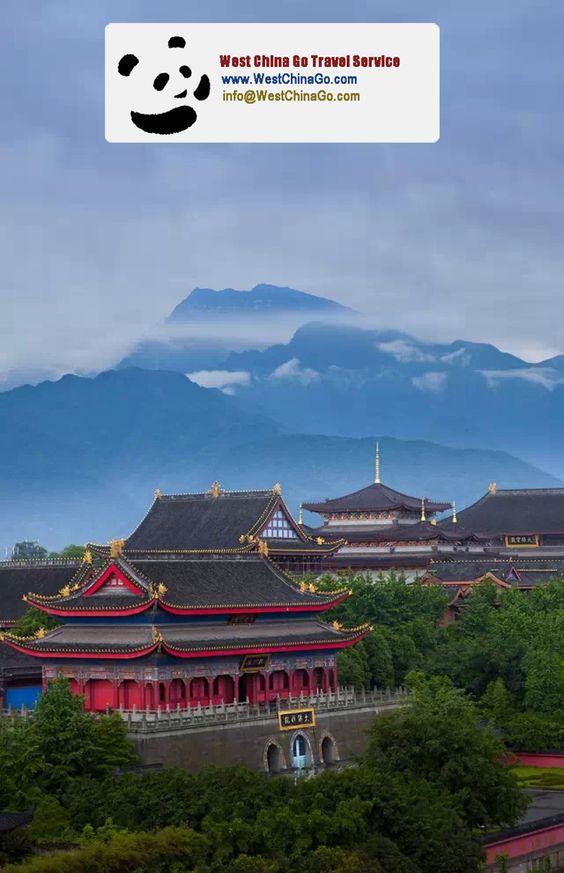 2 Day Leshan Giant Buddha+Mount Emei Panoramic Tour
