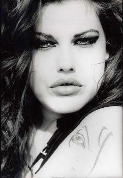 mia tyler - Live Tyler's half sister, plus size model and daughter of Steven Tyler of Aerosmith