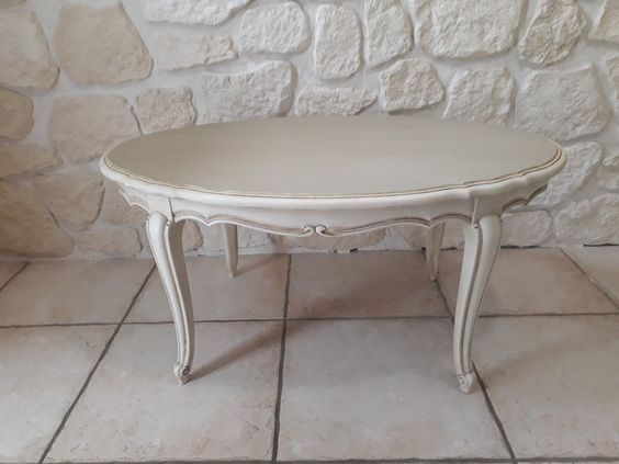 Table Basse Louis Xv Patinee A L Ancienne In 2020 Furniture Table Decor