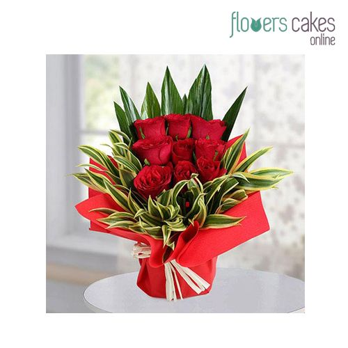 Online Rose Flowers Delivery Service In India With Best And Affordable Rates Red Rose Is The Symbolic Of Love And Buy Roses Online Send Roses Flower Delivery