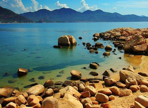 Vịnh biển Nha Trang vẫn còn rất nhiều điểm Hoang Sơ