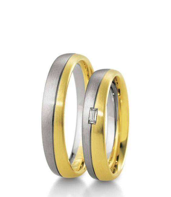 Trauringe aus Weißgold und Gelbgold mit einem klassischen Design und hochwertiger Verarbeitung.