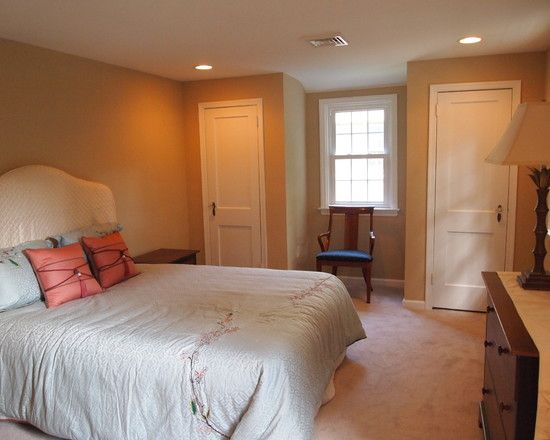 Stunning House Interior in Custom Style : Chic Traditional Bedroom White Bedspread Brookehaven Lane Interior