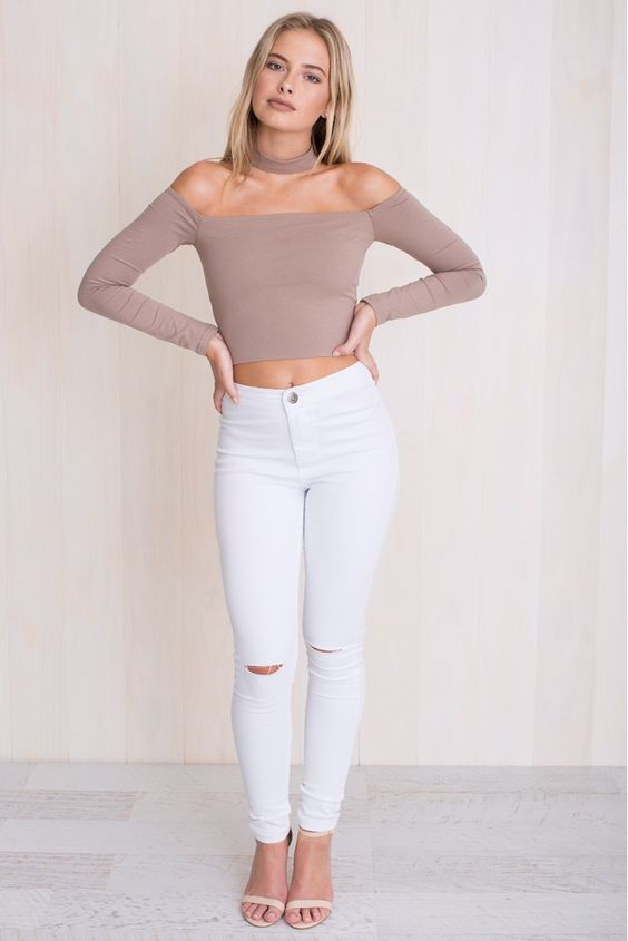 KHLOE CHOKER TOP IN BEIGE: