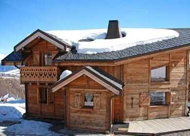 Chalet le Caribou Le Corbier, promo séjour ski pas cher, Location Ski Le Corbier SkiHorizon prix promo Ski Horizon à partir de 1 101,00 € TTC