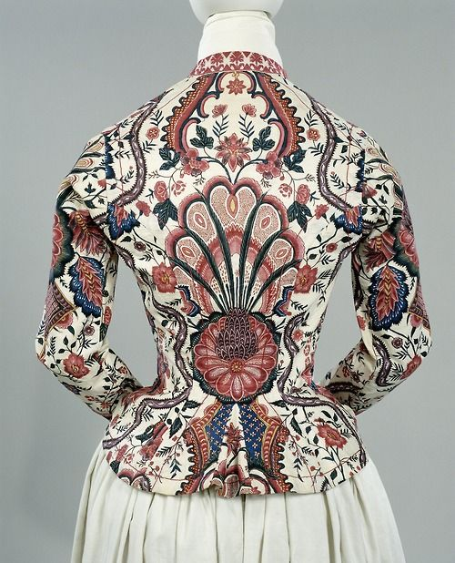 Chintz jacket on white fond, Dutch, 1810-1820. From www.rijksmuseum.nl #Friesland #Hindeloopen: