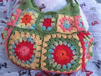 Catalana: Cartera al crochet con cuadrados granny