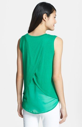 the back is simply darling. any kind of patns would really work. #SicEmStyle #TheStylishTailgater