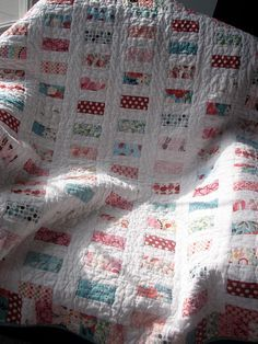Pocket Change quilt, a variation on a Chinese coin quilt, by Prairie Tallgrass Studio.
