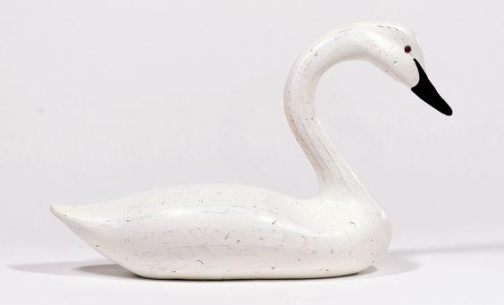 Swansboro Swan Figurine