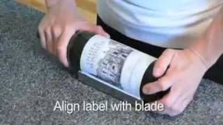 Save wine labels for a wine journal!! --How to Remove Keepsake Wine Labels, via YouTube.