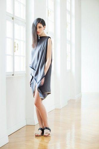 nioka slovenian fashion week grey dress