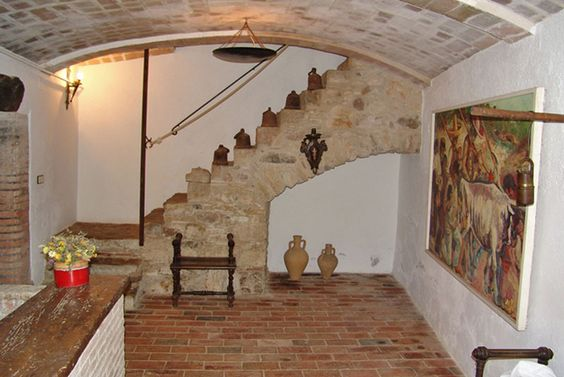 In price reduced Countryhouse for sale near La Bisbal d'Emporda