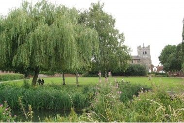 See reviews of Waltham Abbey Gardens on eDogAdvisor the UK's Dog Review Website #dog #dogs #reviews #dogfriendly