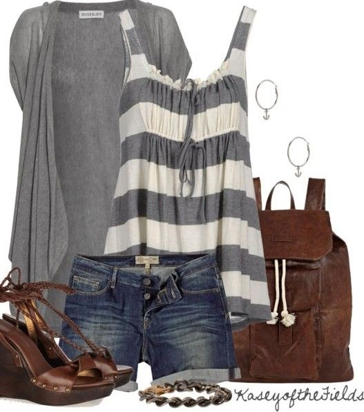 Super cute with jeans or capris!: