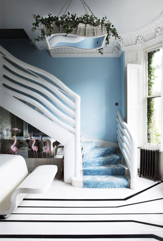 Blue Surrealistic Home Inspired By The Mediterranean | DigsDigs
