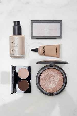 """I think it's always important for someone of my colouring to have a great nude."" What's Kyly Clarke's go-to nude makeup? Check it out on Beauticate.com #Beauticate #KylyClarke #candledesigner #lifestyleblogger #blog #Lyfestyled #LyfestyledHomewares #beauty #makeup #nude #foundation #Nars #MAC #CurtisCollection #SheerCover"