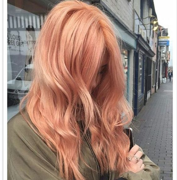 The fresh hue is perfect to lift your winter blues. #refinery29 http://www.refinery29.com/2017/01/136926/blorange-hair-color-trend#slide-6: