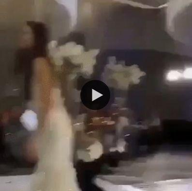 Parece que a noiva tem que se casar novamente kkkk