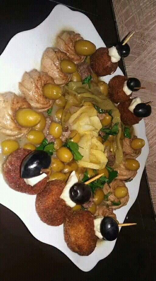 Algerian Dishes أطباق جزائرية طاجين الزيتون عصري Food Algerian Recipes Recipes