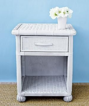 Easy Spray Paint Makeovers White Wicker Chairs And Drawers