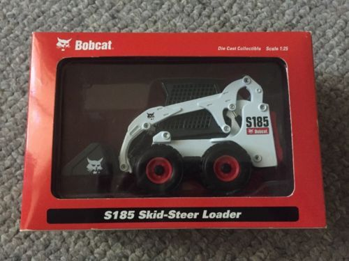 Diecast Bobcat Loader S185 DIecast Toy Model 1:25 Scale New in box https://t.co/FGXc95rWRI https://t.co/0uPXSt4dEU