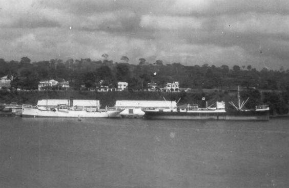 CAPITAN+SEGARRAEn+Santa+Isabel puerto nuevo. Años 50.jpg
