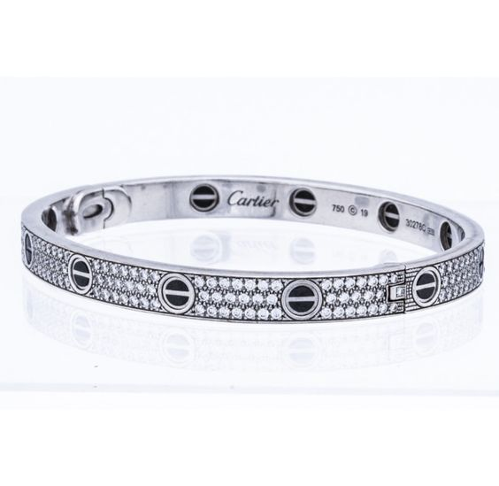 http://cdn.portero.com/media/catalog/product/cache/1/image/699x681/9df78eab33525d08d6e5fb8d27136e95/c/a/cartier_wg_diamond_ceramic_love_bangle_02.jpg