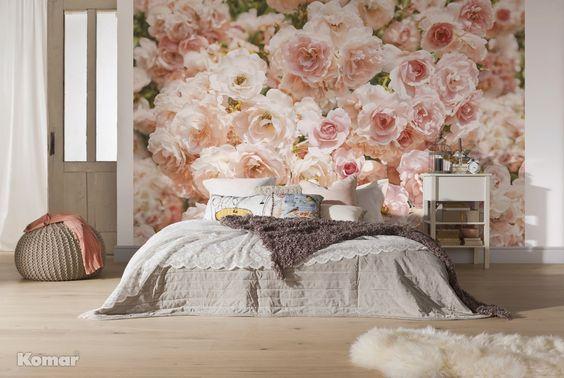 Romantisk blomstervegg på soverommet. Tapet fra Fantasi Interiør ...