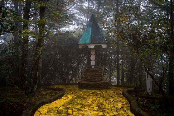 Land of Oz amusement park in Beech Mountain, NC - Johnny Joo