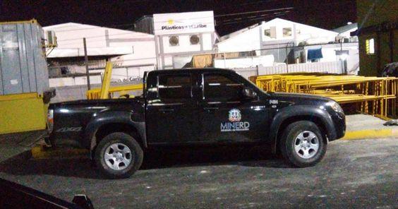 JCE confisca vehículo Ministerio Educación utilizado para campaña   Danielconelpueblo