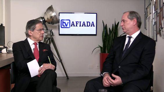 Paulo Henrique Amorim entrevista Ciro Gomes