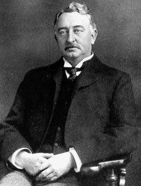cecil rhodes boer wars A stalwart patriot and racist, rhodes laid the foundations of modern apartheid and drew britain into the bloody boer war he mercilessly pinned africa under his control, believing antony thomas's biography of cecil rhodes is the study of an idealist corrupted by power and of a nation forced.