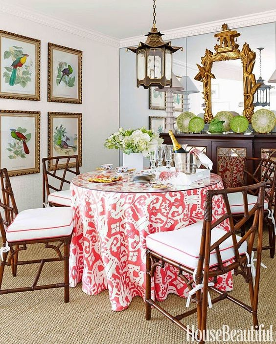 A fresh and feminine Florida home! From House Beautiful via Mix and Chic.