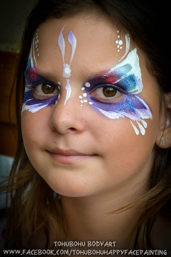 maquillages pour enfants papillon facepainting for child butterfly grimage bleu blanc. Black Bedroom Furniture Sets. Home Design Ideas