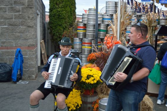 Beer Garden ambiance from accordion Duo