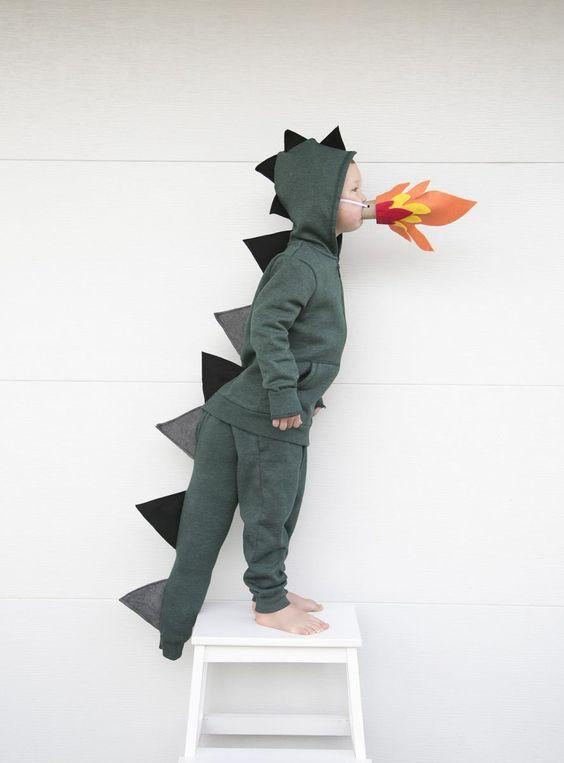 Costume Dinosaure DIY