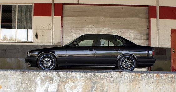 Bmw 540i 6 Speed 128 797 E34 Bmw E34 Bmw Bmw Black