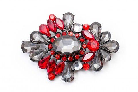 """Biżuteria. Broszka z kolekcji """"Carskie Klejnoty""""."""