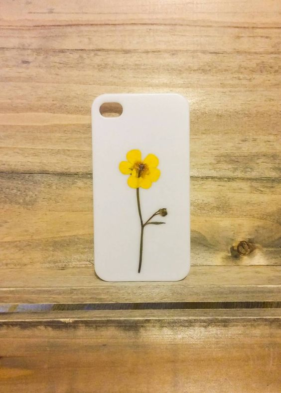 Floral iPhone case with a real pressed flower