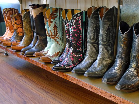 Lucchese boots made in San Antonio! I want the middle pair with