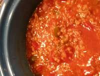 Stuffed Pepper Soup  1 lb. ground beef 1 small onion, diced 1 large bell pepper, diced 1 can (29 oz.) diced tomatoes 1 (10 oz) can tomato soup (or tomato sauce) 1 (14 0z) can chicken broth (or beef broth) 2 cups cooked rice 1 tbsp. sugar 1 tsp. garlic powder salt & pepper, to taste shredded cheddar cheese, for topping  http://www.q99fm.com/BreakfastClubFDT2013.aspx