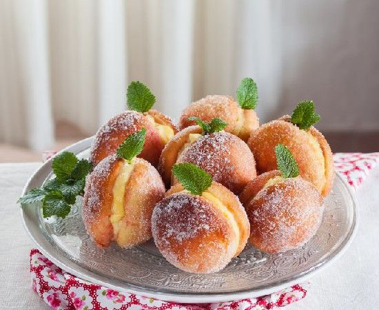 ! There was an Italian bakery near our old house that made these... DELISH!