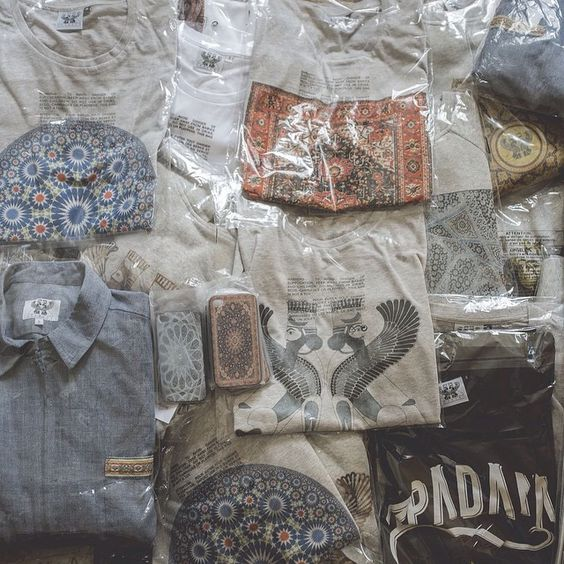Summer is coming #apadanaparis #order #tshirt #shirt #hoodie #collection #summer #paris