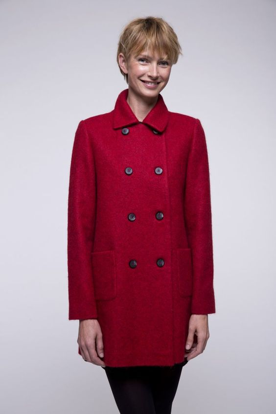 http://www.trench-and-coat.com/fr/toute-la-collection/581-manteau-rouge-laine-alpaga.html