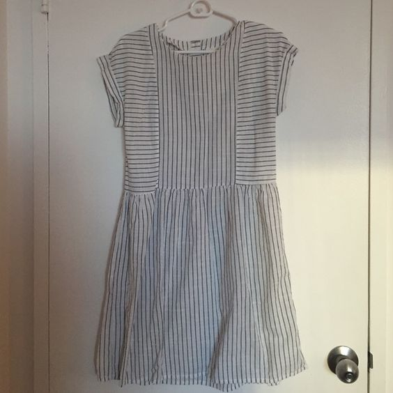 H&M Striped Dress Great condition. Cute with boots or flats. H&M Dresses