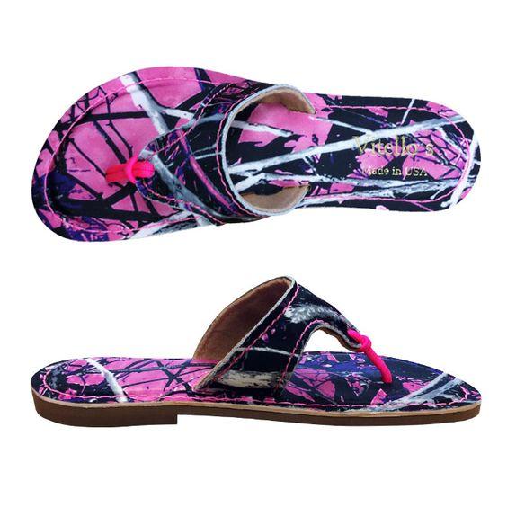 Flip Flops, made in the USA with Muddy Girl Camo | Camo Feet ...