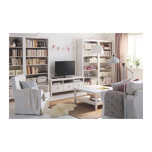 hemnes biblioth que teint blanc taches biblioth ques et banquette. Black Bedroom Furniture Sets. Home Design Ideas