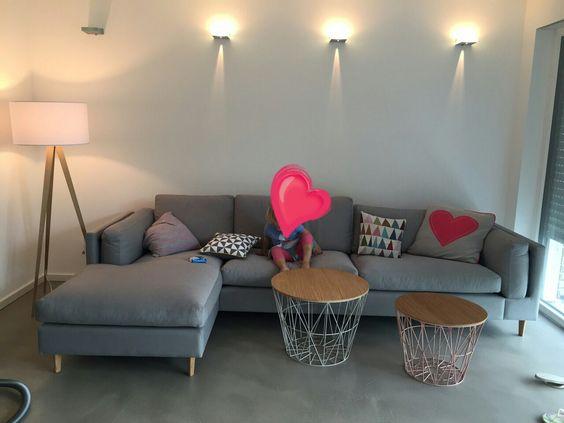 moderne wohnzimmergestaltung mit einem versiegelten spachtelboden ... - Moderne Wohnzimmergestaltung