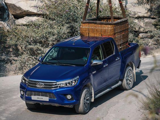Встречайте Новый Toyota Hilux! Новый дизайн интерьера…